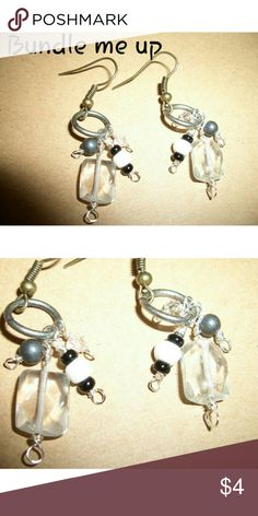 *Bundle Up* Natural Quartz Dangle Ladies Earring Natural quartz Artisan created piece ... Very light and dainty... Hanging length is 1 in Long... quartz are a natural rough cut Jewelry Earrings