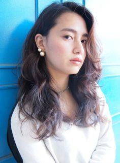 耳かけピアスが似合うグラデーションカラー 【nanuk shibuya】 ≪long・hairstyle・ロング・ヘアスタイル・髪形・髪型・外国人風≫