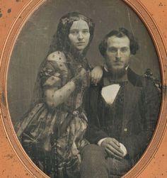 daguerreotype of a handsome couple, Victorian Photos, Antique Photos, Vintage Pictures, Vintage Photographs, Old Pictures, Victorian Era, Vintage Images, Old Photos, Louis Daguerre