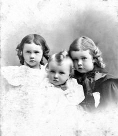 3 of 9 children of Ada and Frank Rogers