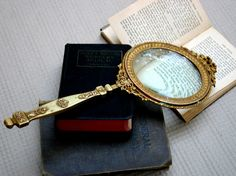 Rare Victorian magnifying glass - Over long - Solid brass with powerful glass lense - 01 Spy Glasses, Eye Facts, Violet Hair, Magnifying Glass, Glass Collection, Character Design Inspiration, Things To Buy, Solid Brass, Michael Kors Watch