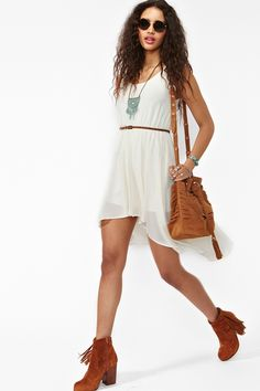 Love the hem and styling