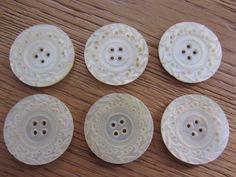 6 Anciens Gros Boutons DE Nacre Ciselé | eBay