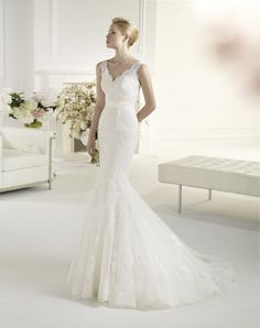 Avenue Diagonal by Pronovias 'Felicia'