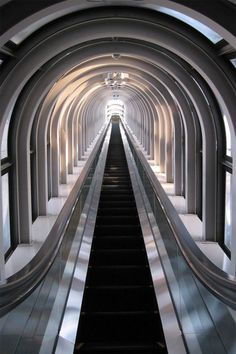 worlds highest escalator, umeda sky building, osaka, japan, designed by Hiroshi Hara