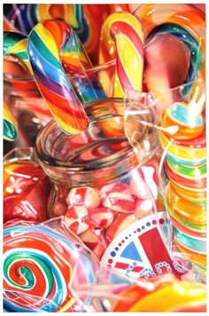 Candy (Drawing by Sarah Graham) Unicorn Food, Kalender Design, Candy Photography, Still Life Artists, Candy Art, Expressive Art, A Level Art, Colorful Candy, Gcse Art