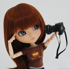 doll taking a selfy :D
