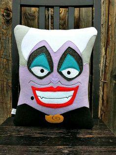 Ursula cuscino