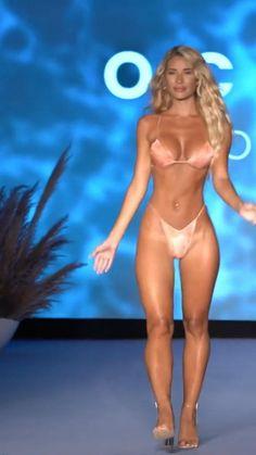 Bikini Girls, Bikini Babes, Sexy Bikini, Beautiful Girl Dance, Leg And Glute Workout, Beach Photography Poses, Mix And Match Bikini, Funny Sexy, Mini Bikini