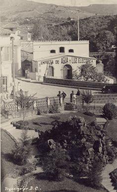 Desde el Jardín de La Casa Pesidencial La Empresa de Agua y Luz Al Par del puente Mayol