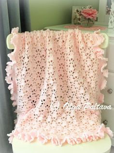 Lace cupcakes baby blanket, baby afghan, crochet pattern