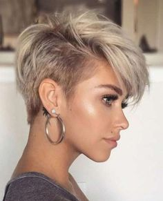 Today we have the most stylish 86 Cute Short Pixie Haircuts. We claim that you have never seen such elegant and eye-catching short hairstyles before. Pixie haircut, of course, offers a lot of options for the hair of the ladies'… Continue Reading → Short Hair Images, Short Hairstyles For Thick Hair, Short Pixie Haircuts, Curly Hair Styles, Hairstyle Short, Bridal Hairstyle, Layered Hairstyles, Best Short Hair, Square Face Hairstyles Short