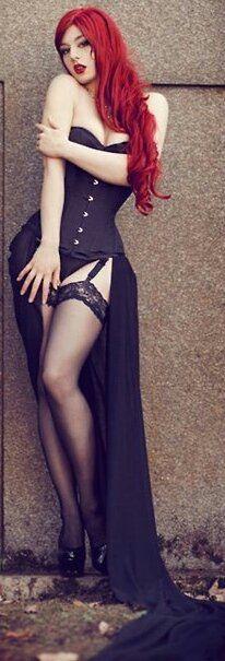 Miss LouLou Gothic Dress. Schön! Çok güzel! Muy hermosa!