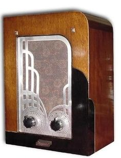 art deco radios - Google Search i loved the radio like in the waltons tv show shame they dont make a radio like that that has the same look but more modren ....