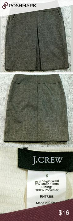 """J. Crew Gray with Gold Wool Skirt J. Crew Wool Skirt Womens Size 6 Gray with Gold Tones Pleated Front Material:  See Tag Picture   Measurements: Waist = 31"""" Outseam Skirt Length = 22.75""""  Condition:  Great Used Condition from Clean Pet/Smoke Free Home. J. Crew Skirts A-Line or Full"""