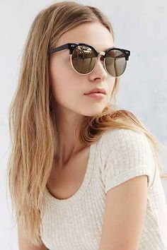 Accessories for Women Round Lens Sunglasses, Black Sunglasses, Mirrored Sunglasses, Oversized Round Glasses, Urban Outfitters Sunglasses, Black Grunge, Witch Fashion, Stylish Girl Pic, Sunglass Frames