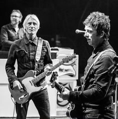 Paul Weller and Noel Gallagher September 2016 The Style Council, Paul Weller, Rock News, Noel Gallagher, Pretty Green, My Favorite Music, Playing Guitar, Music Stuff, Vespas