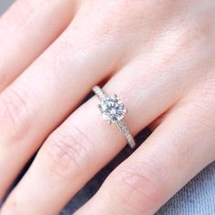 The Roxanna: engagement ring