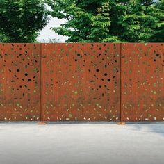 Clôtures : Clôtures espaces verts - Magnolia Steel Gate, Steel Fence, Architecture Details, Landscape Architecture, Fences Alternative, Plasma Cnc, Breeze Block Wall, Landscape Elements, Metal Screen