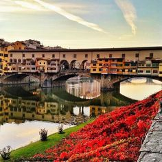 Reflections of Ponte Vecchio Florence Places To Travel, Places To See, Firenze Italy, Under The Tuscan Sun, Living In Italy, Florence Tuscany, Italian Garden, Photography Tours, Italy Travel