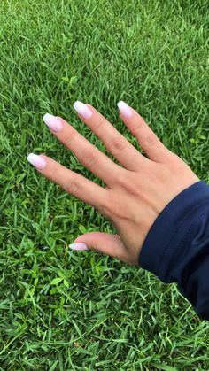Coffin nails are a popular shape for women who like to attract people's attention with their extraordinary appearance. Coffin nails are usually very long, but the shape of short nails is also very good! We found 30 Impressive Short Coffin Nails Des Coffin Nails Ombre, Acrylic Nails Coffin Short, Cute Acrylic Nails, Fun Nails, Acrylic Nail Designs, Purple Nail, White Nails, Nagellack Trends, Ombré Hair
