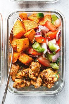 Prep – Roasted Chicken and Sweet Potato Roasted Chicken and Sweet Potato Meal Prep - Roasted to perfection, this sheet pan chicken and sweet potato is perfect for meal prep.Roasted Chicken and Sweet Potato Meal Prep - Roasted to perfection, this sheet pan Sweet Potato Recipes, Healthy Chicken Recipes, Lunch Recipes, Diet Recipes, Cooking Recipes, Meal Prep Sweet Potatoes, Chicken And Sweet Potato Recipe Healthy, Cooking Pork, Recipes For Meal Prep