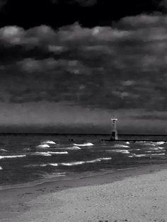 Chicago, Lake Michigan (photo by Dot Lane)