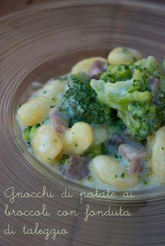 Kartoffel-Gnocchi mit Broccoli mit geschmolzenem Taleggio
