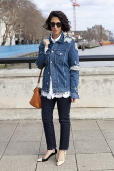 6 Outfit Ideas to Steal From Barneys' New Collaborator, Street-Style Star Yasmin Sewell Star Fashion, Fashion News, Kitten Heels, Long Sleeve Tees, Street Style, Street Chic, Plus Size, Denim, Stylish