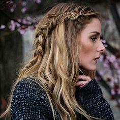Loose waves and a romantic flat braid. Here's how to get Olivia's perfect Spring-inspired hairstyle.