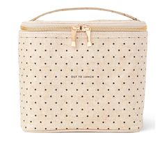 NWOT - Kate Spade Out to Lunch Tote   brown-bagging it has never looked so gourmet! this lunch tote's coated-linen cover is complemented by an insulated interior. the handle makes it practical; the gold bow zipper pull ever-so pretty.  FEATURES: insulated interior gold zipper pulls reads: out to lunch style # 164130   DETAILS: coated linen cloth exterior, eva interior lining, metal zipper reads: out to lunch Kate Spade Totes, Kate Spade Tote Bag, Out To Lunch, Gold Interior, Lunch Tote, Japan Fashion, Linen Cloth, Zipper Pulls, Brand New