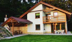 Chata Košútka s krásnym výhľadom na lyžiarske stredisko Košútka a okolitú prírodu. Krb, sauna, terasa, altánok, gril, moderné vybavenie interiéru. Chata, Home Fashion, Cabin, House Styles, Home Decor, Homemade Home Decor, Cabins, Cottage, Interior Design