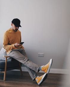 Fashion Images, Fashion Pictures, Estilo Converse, Daily Fashion, Mens Fashion, Man Dressing Style, Outfits Hombre, Stylish Mens Outfits, Photography Poses For Men