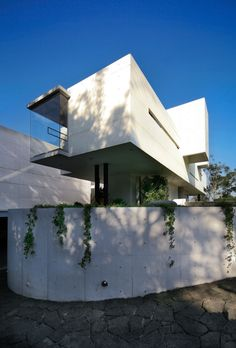 Image 2 of 17 from gallery of Briones House / RP Arquitectos. Photograph by RP Arquitectos © Victor Benitez Contemporary Architecture, Architecture Details, Architecture Geometric, Contemporary Homes, Interior Exterior, Interior Design, Modern House Design, Modern Houses, Minimalist Home