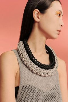 inspiration til moderne brug af nullestok (mix knot bib handmade necklace realized with sailing rope, recycled jersey and satin rope) Textile Jewelry, Fabric Jewelry, Crochet Collar, Knit Crochet, Diy Necklace, Crochet Necklace, Homemade Necklaces, Jewelry Knots, Jewellery