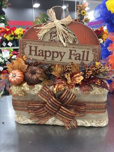 Hay bale arrangement bronze and gold ,Lisa Peterson 2016 Fall Pumpkin Crafts, Fall Crafts, Holiday Crafts, Fall Flower Arrangements, Rustic Fall Decor, Scarecrows, Fall Projects, Fall Diy, Thanksgiving Ideas
