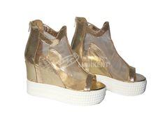 Lót giày tăng chiều cao bố trí thế nào trong giày cao gót đế xuồng