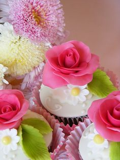 Pink rose cupcakes | Flickr - Photo Sharing!