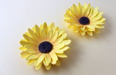 How to make a sunflower from fondant / flower paste / gum paste