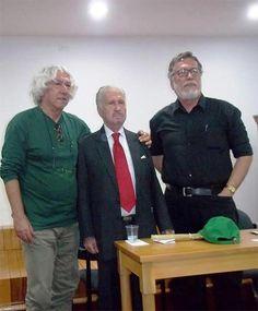 Por: Antonio Acevedo Linares   El escritor santandereano Guillermo Reyes Jurado  nació en el Socorro en 12 de abril de 1922. Realizó e...