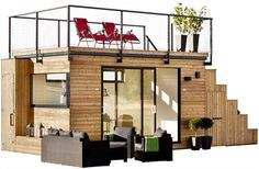 I love tiny spaces - they're so cozy! Swedish cabin with roof top garden & retractable outdoor kitchen via:Living in a shoebox Casas Containers, Plant Containers, Garden Studio, Garden Office, Shed Office, Office Table, Rooftop Garden, Rooftop Deck, Tiny Spaces