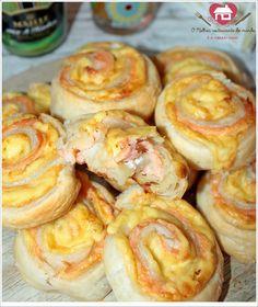 Receita de salgados folhados fácil de salmão com queijo