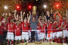 Calcio estero vincono United Bayern e Psg