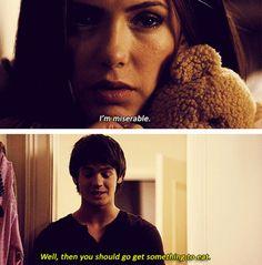 I LOVE THIS! Jeremy really understands girls ;) Jeremy & Elena. Season 1. The Vampire Diaries ♥