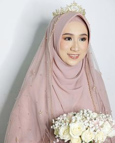 Malay Wedding Dress, Kebaya Wedding, Muslimah Wedding Dress, Muslim Wedding Dresses, Hijab Bride, Muslim Brides, Dream Wedding Dresses, Muslim Gown, Wedding Hijab Styles