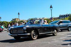 #Peugeot #404 à la Traversée de #Paris en #Voitures #Anciennes #TdP2015 Article original : http://newsdanciennes.com/2015/08/03/grand-format-news-danciennes-a-la-traversee-de-paris-2/ #Cars #Vintage
