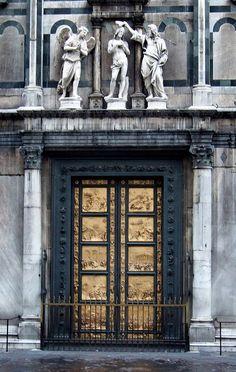 eccellenze-italiane:  IT10ASJ Baptistery Door Perspective, Florence Italy 2010 by CanadaGood on Flickr. La Porta del Paradiso, Lorenzo Ghibe...