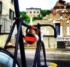 Quem aí conhece Brescia?? Eu recomendo - e te levo pra lá! #italy #italia #italiana #italianablog #brescia  #world #travel #trip