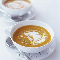 Käytä tässä lämmittävän mausteisessa inkivääri-porkkanakeitossa Crème Bonjour Cuisine Pippurisekoitusta! #cremebonjoursuomi #cuisine #cremefraiche #inkivääri #porkkana #inkivääriporkkanakeitto #keitto #soppa www.cremebonjour.fi