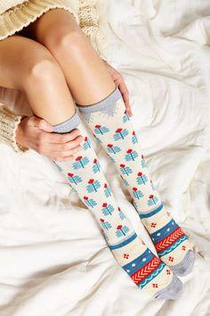 knit woolen socks... pretty!